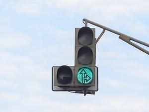 Режим работы светофоров изменился на улицах Адмирала Нахимова и Генерала Ивлиева